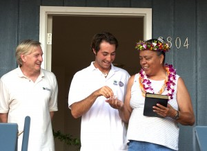 Dellvyne Gandia receives the keys to her new home